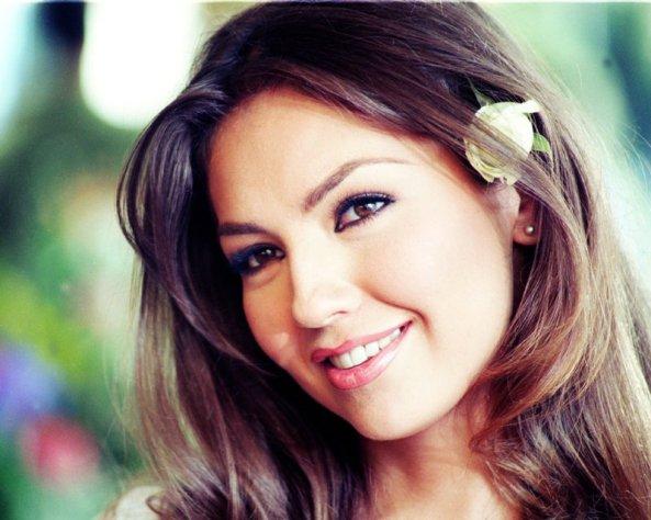 """Thalía está de volta às tardes do SBT em 2013, com """"Rosalinda"""""""